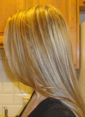 long loose blonde hair