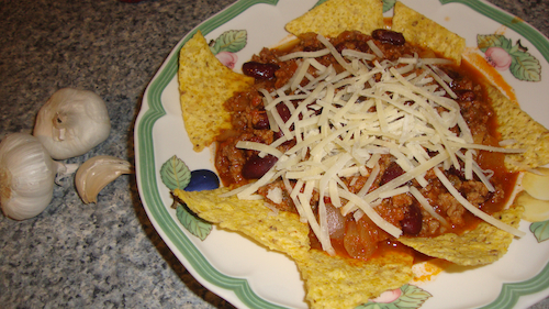 chili con carne garlic tortillas