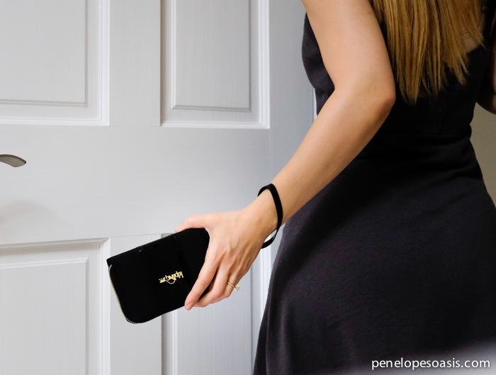kipling essa wristlet wallet
