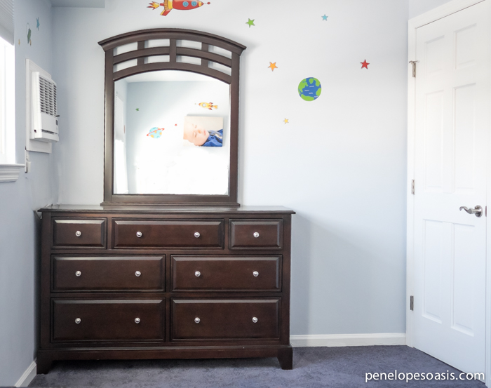 essence dresser and mirror
