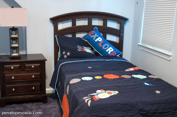Simple outer space bedroom bedding