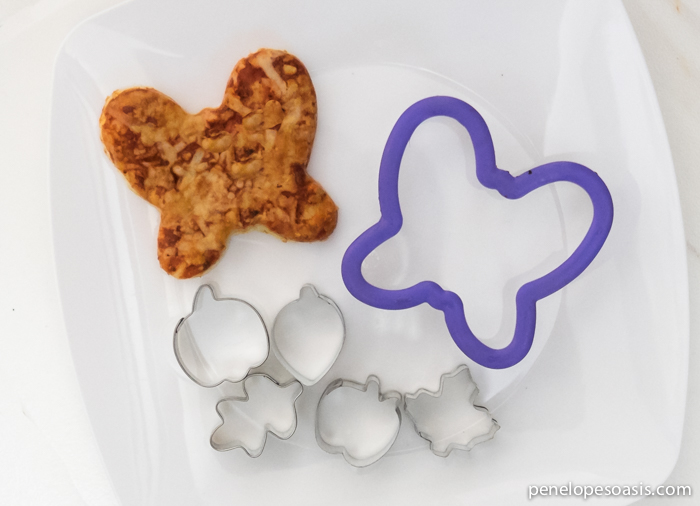cookie cutter pizza_