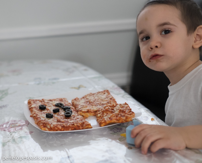 pizza fun at home with kids-2