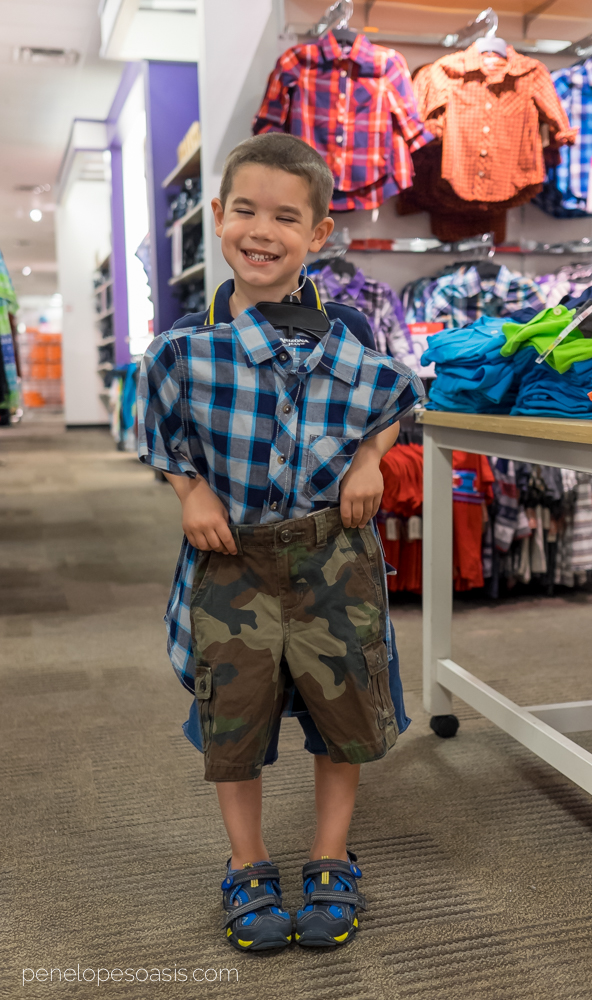 Since , OshKosh B'gosh has been the leader in manufacturing American kids clothes. We specialize in crafting high quality, affordable clothes for boys .