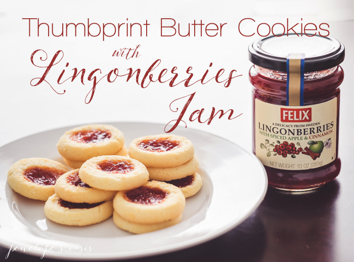 Lingonberries Jam Butter Cookies with Spiced Apple and Cinnamon