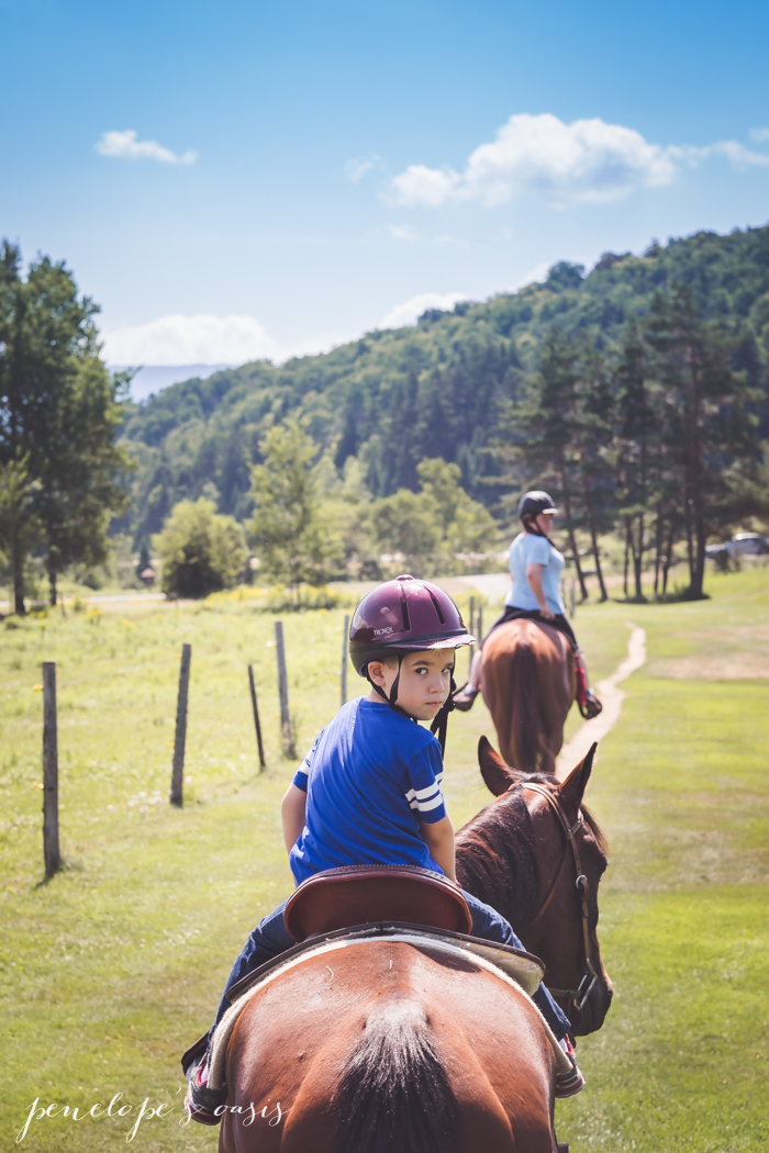 New Hampshire Horseback Riding Outdoors