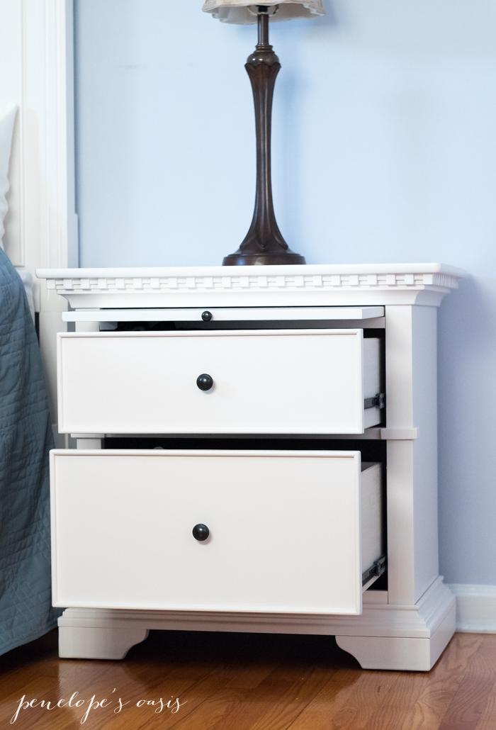 raymour-flanigan-angelina-nightstand-4