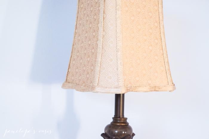 raymour-flanigan-tuscan-lamp-4