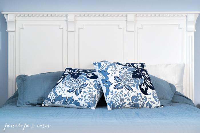 raymour-flanigan-throw-pillows-2