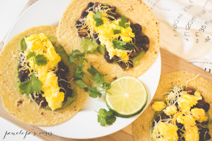 black-bean-scrambled-egg-breakfast-tacos
