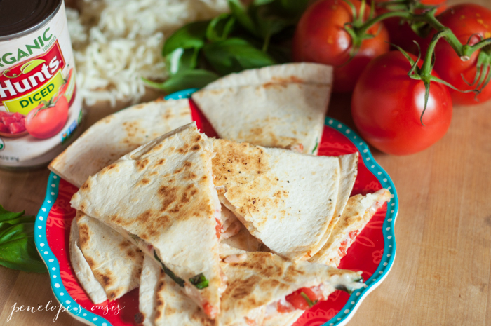 chicken-caprese-quesadillas-3